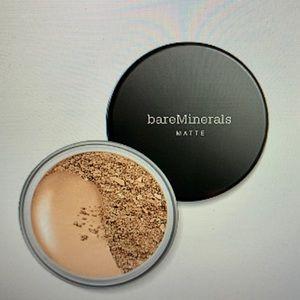 Bare Minerals Matte powder foundation.